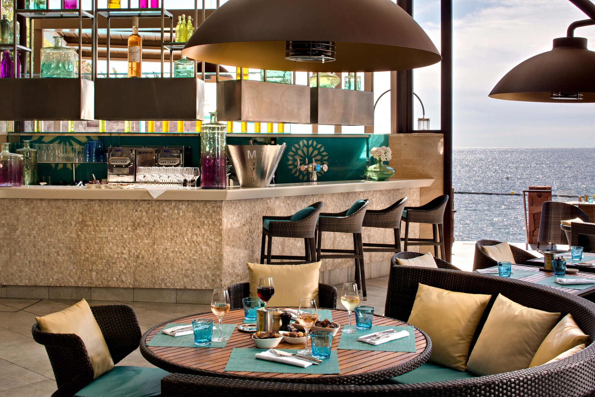 512/import-from-v1/images/divers/Moya-Beach-Restaurant-Basse_res.jpg